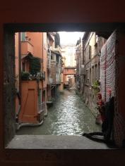 A window on Bologna